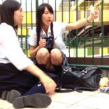【Pcolle】インスタ映えするJKの座りパンチラを対面からGET!